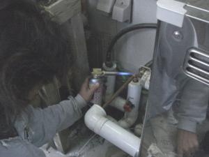 水道管を直す。