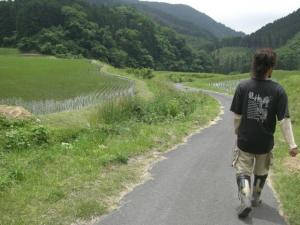 田んぼの水 見に行く。