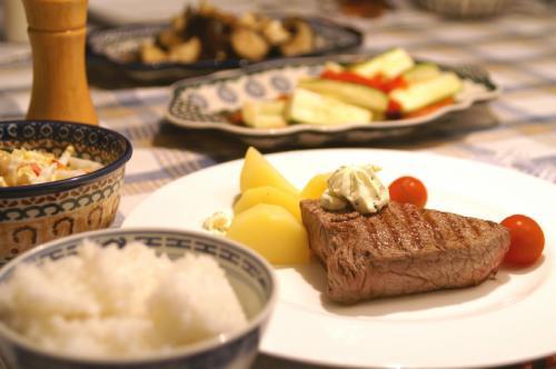 夕食10.30