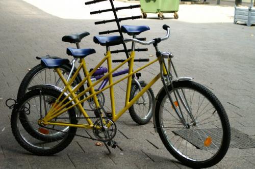 4人自転車