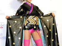 ミス・ユニバース日本代表・宮坂絵美里の衣装が下品すぎるとデザイナーのブログが炎上